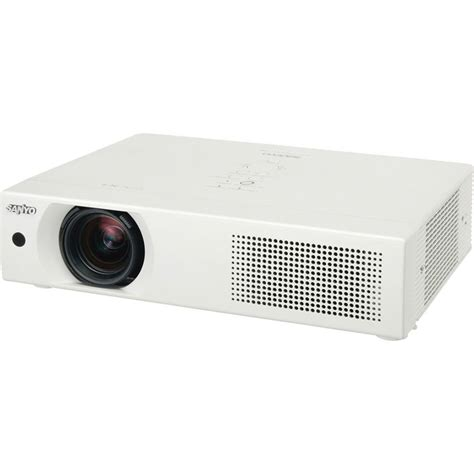 Proyektor Sanyo sanyo plc xu106 ultra portable multimedia lcd projector