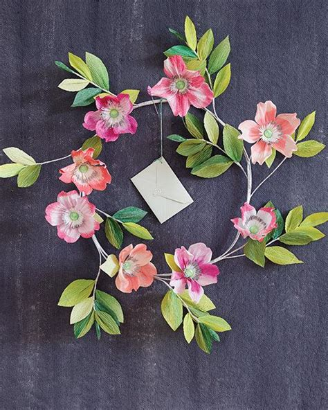 Beautiful Paper Flowers - 4 beautiful paper flower projects from thuss farrell s