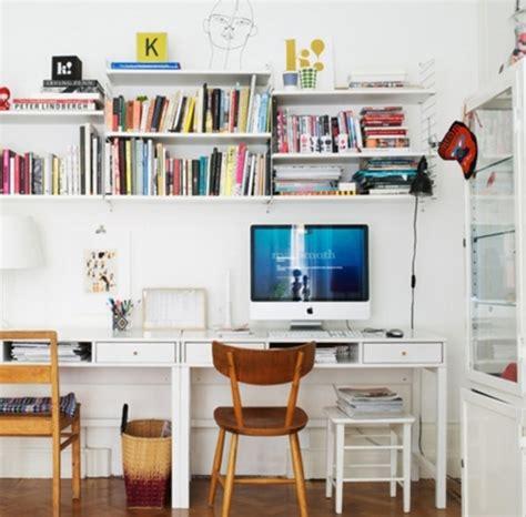 sotto la scrivania ottimizzare lo spazio sotto la scrivania arredo idee