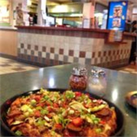 table pizza monterey table pizza 36 photos 71 reviews pizza 16740