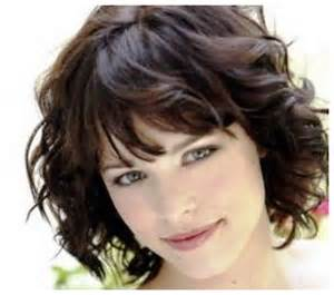 short haircuts for thick wavy hair hairstyles hoster