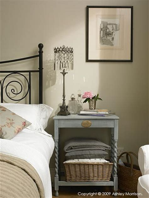 modern country style farrow and shaded white colour study
