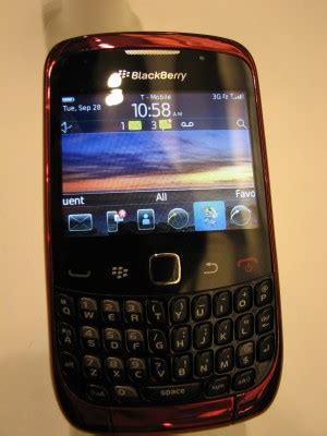 bb curve 3g 9300 official os 500912 berryreview blackberry curve 3g 9300 gets official os 6