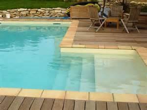 piscine bois escalier interieur 17 meilleures id 233 es 224 propos de margelle sur