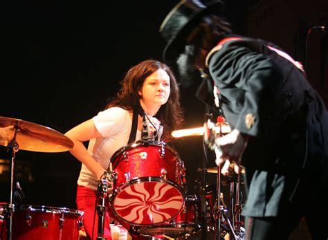 Meg White Reason For Canceled White Stripes Gigs by The White Stripes Split Up Nme