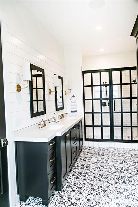 modern farmhouse bathroom smi modern farmhouse master bedroom and bathroom sita