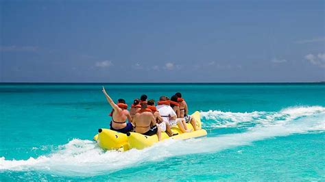 banana boat ride pictures banana boat ride airlie beach epic deals and last