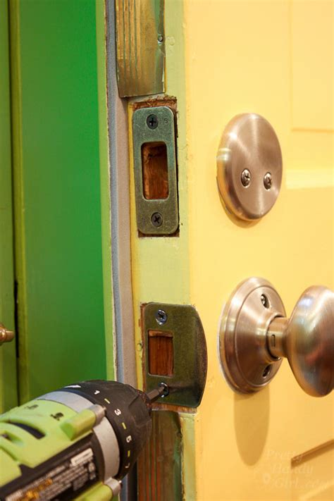 How Do You Replace A Door Knob by How To Replace Door Knobs And Deadbolts Pretty Handy