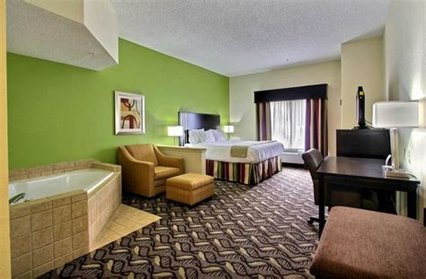Comfort Suites Richmond Hill Ga by Suite Picture Of Inn Express S