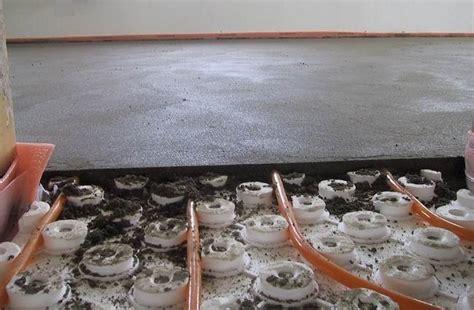 caldana pavimento casa moderna roma italy massetto pavimento