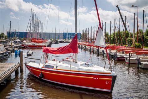 snelle kajuitzeilboot fox 22 een snelle comfortabele en veilige kajuitboot