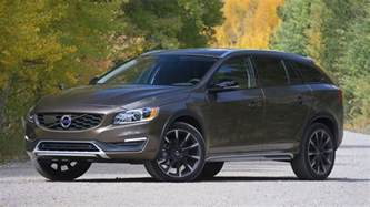 Volvo Xc70 Cross Country Review Review 2017 Volvo V60 Cross Country