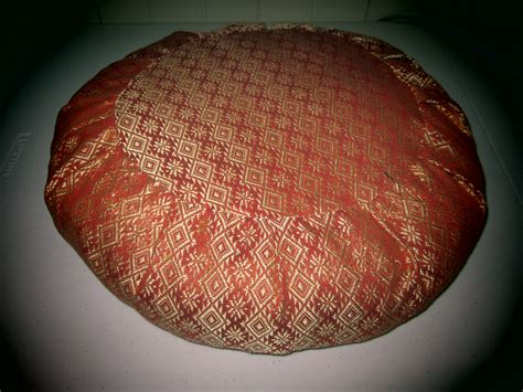 sewing pattern for zafu cushion zafu meditation cushion sewing projects burdastyle com