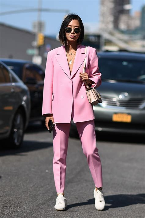 new spring womens styles new york fashion week street style spring 2018 stylecaster