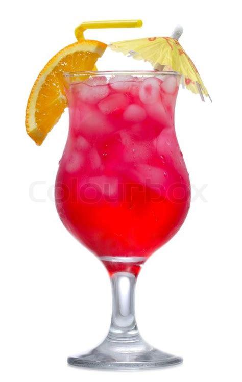red cocktail rot cocktail mit orangenscheibe auf wei 223 em hintergrund