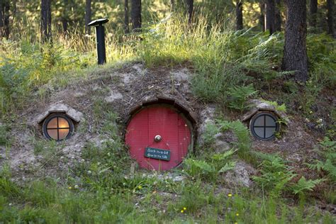 pictures of hobbit houses hobbit house