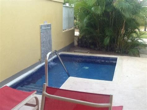 room with plunge pool picture of runaway bay