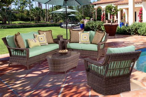 Outside Wicker Furniture by Martinique Resin Wicker Patio Furniture Collection Clubfurniture