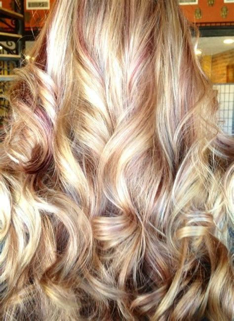 how to section hair for highlights and lowlights love this merlot lowlights with blonde highlights by