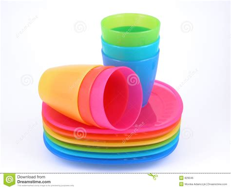 Cup On The Plate stack of plates clipart clipart suggest