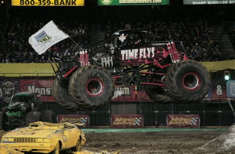 monster truck show in oakland ca oakland california monster jam february 26 2011
