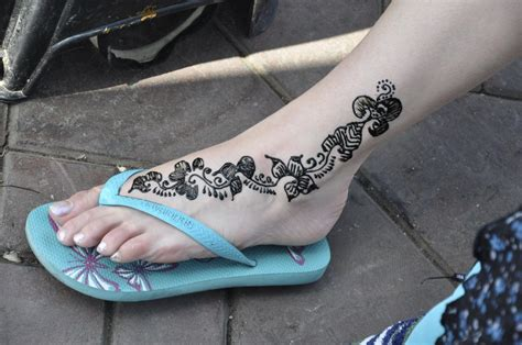 henna style foot tattoo 75 beautiful mehndi designs henna desiznworld