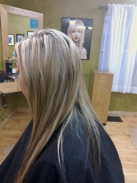 light blonde highlights on dark blonde hair light blonde highlights with warm blonde and dark brown