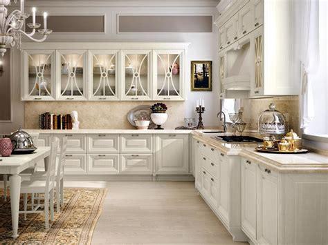 Italian Kitchen Silver by Cucina Decapata Con Maniglie Pantheon Cucina In Legno