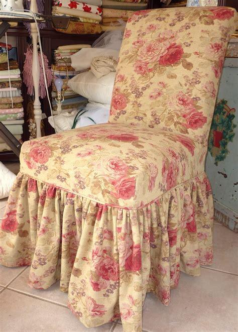 cottage  design  trish banner parsons chair ruffled