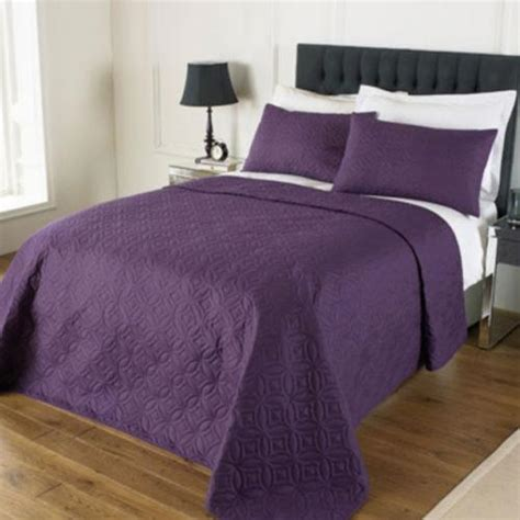 King Size Quilted Pillow Shams by Embossed Bedspread And 2 Pillow Shams King Size