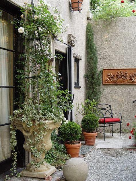 Italian Patio Design 17 Best Ideas About Italian Garden On Italian Courtyard Lemon Tree Plants And
