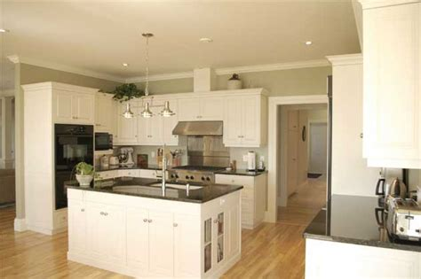 Clc Kitchens And Bathrooms by Fabulous Feature Of The Month By Charles Lantz Cabinetry