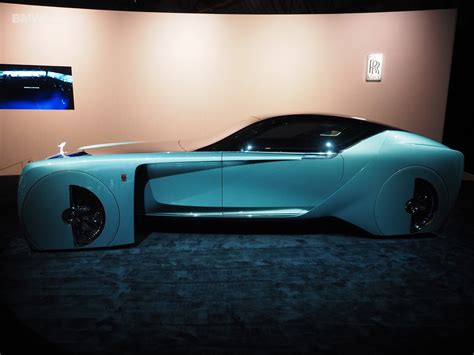 roll royce roce rolls royce brings its highly futuristic concept car to