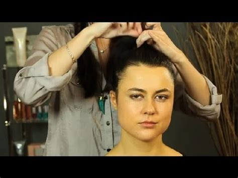 putting hair in ponytail and cut how to put short hair up in a high ponytail shoulder