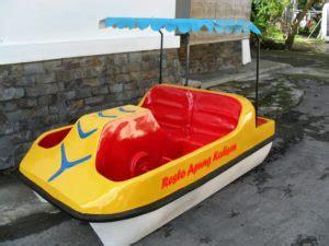 Sepeda Air Kodok Fiberglass pabrik pembuatan sepeda air murah bebek air fiber kano fiberglass pabrik waterboom murah