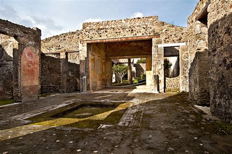 House Of by Photo House Of Caecilius Jucundu At Pompeii