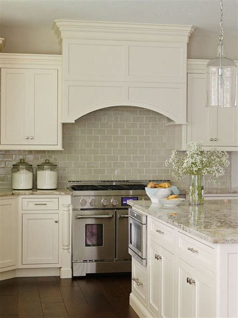 white kitchen cabinets with backsplash best 20 white kitchen cabinets ideas on