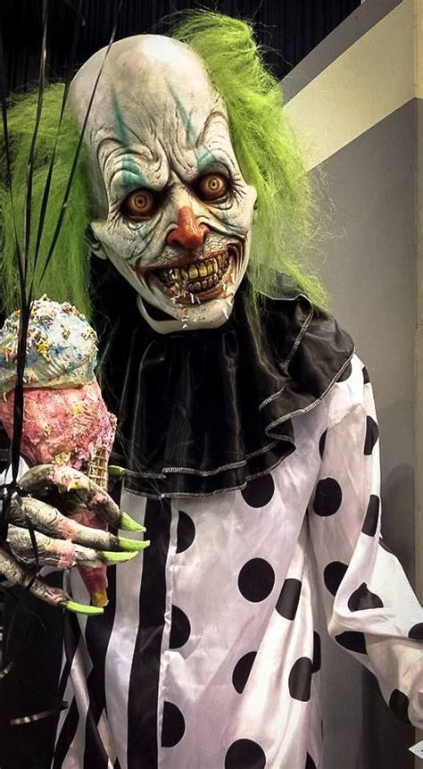 Best 25 Clown Scary Ideas by 25 Best Ideas About Scary Clowns On