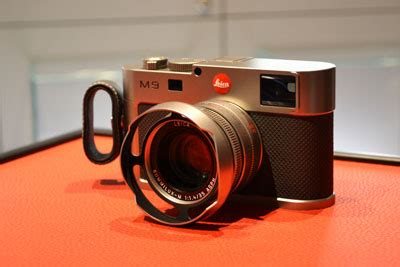 leica opens its first concept store in the region