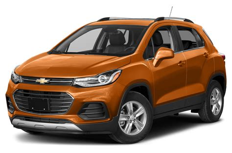 chevy jeep 2017 stepping on the cherokee s toes 2017 jeep compass first