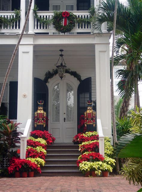 pretty christmas decoration in key west by susanne van hulst