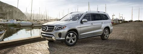 which mercedes model has third row seating