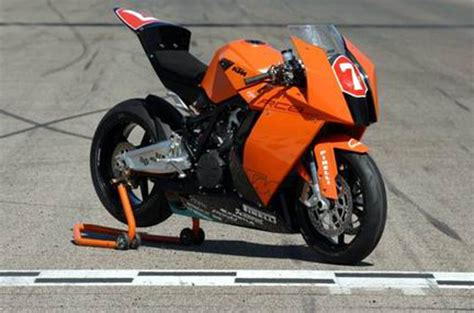 Ktm Superbikes Ktm 2010 Superbike With The Rc8 News Gallery Top Speed