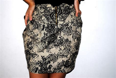 r i p lace printed high waisted skirt ready stock