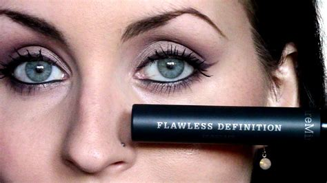 Flawless Skin With Bare Minerals Bglam by Bare Minerals Flawless Definition Mascara