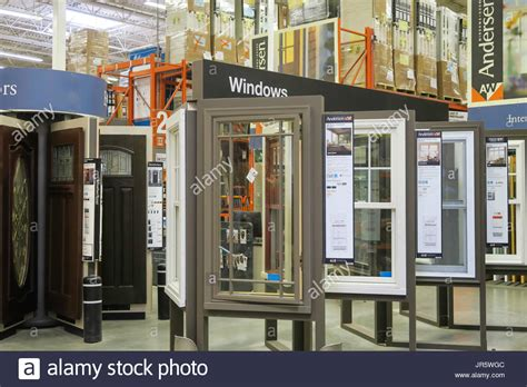 schiebefenster behandlung traditional sash window stockfotos traditional sash