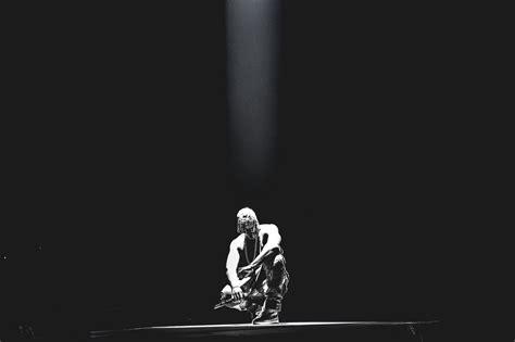 wallpaper iphone monochrome monochrome kanye west wallpaper 59577 2048x1365 px