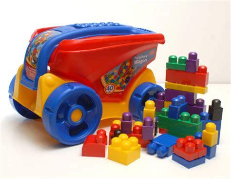 imagenes de fuertes de juguete c 243 mo los juguetes influyen en la personalidad cpost