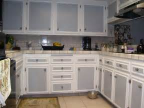 two tone kitchen cabinet doors best 25 two toned cabinets ideas on pinterest redoing kitchen cabinets diy kitchen remodel