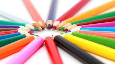 colored pencil buyer s guide for your next colored pencil purchase